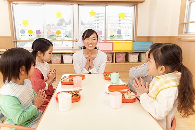 神奈川県横浜市都筑区の有限会社ドゥーラ なかまちっこ園の保育求人|(id:144858)|保育ひろば